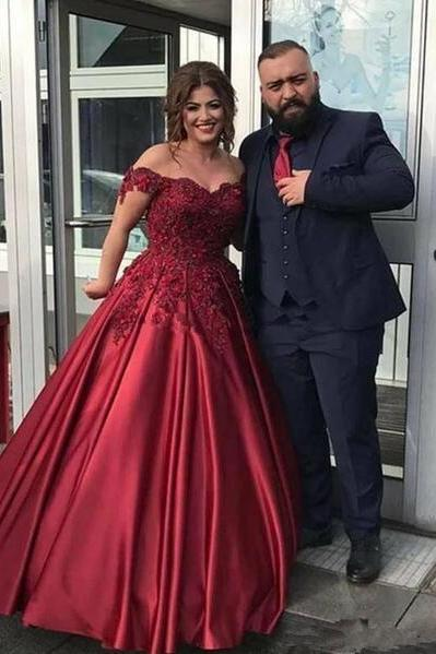 2020 Sexy Off The Shoulder Lace Burgundy Evening Dress For Party Gown Red Wine Long Prom Dress Personlized Elegant Robe de soiree