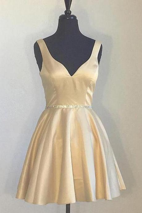 V Neck Simple Champagne Satin Bridesmaid Dress Plus Size 2020 A Line Cheap Wedding Party Dresses