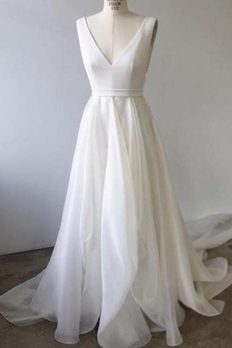 Sexy V Neck Beach Bohemian Summer Wedding Dresses Simple Design Formal Bridal Gowns