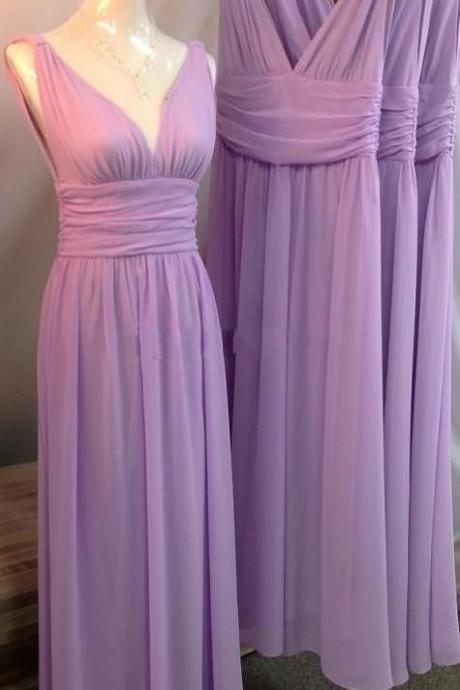 2017 Cheap Plus Size Lilac Bridesmaids Dresses V Neck Pleats Ribbon Backless Floor Length Chiffon Beach Maid of Honor Wedding Guest Party Gowns