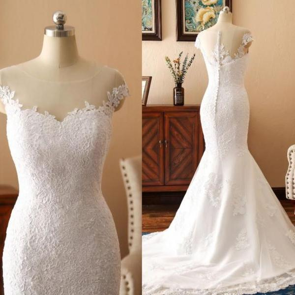 Charming Lace Appliques Long Beige Wedding Dresses Sexy Sheer Illusion Button Back Bridal Gowns Cap Sleeve