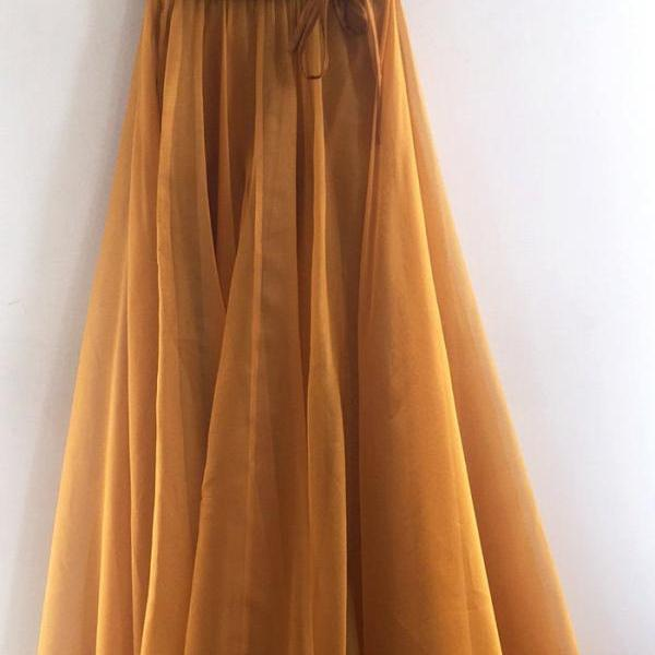 New 2021 Sexy Spaghetti Straps Prom Dresses A Line V Neck Gold Long Formal Dresses Long Tulle Party Dresses