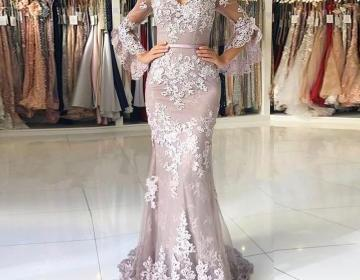 New Lace Sheer Prom Dress Long Sleeve Sexy Mermaid Open Back Party Dresses V Neck Floor Length Appliques Formal Evening Gowns With Waist Sash